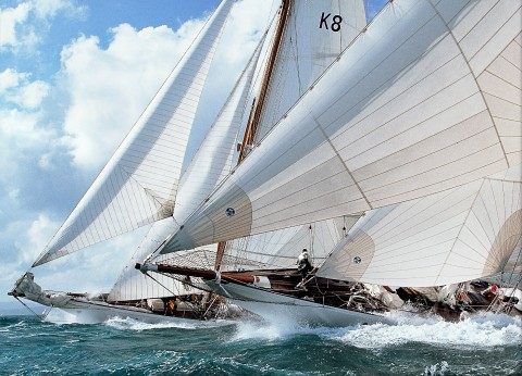 Photo Astra and Candida racing at the Nioulargue regatta par Philip Plisson