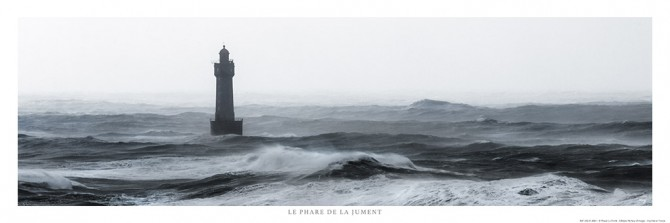 Photo Le phare de la Jument, Bretagne par Philip Plisson