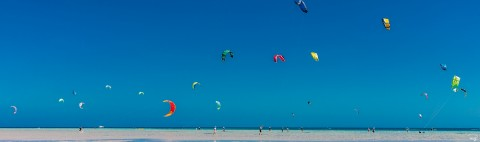 Photo Kitesurfing, El Gouna, Egypt par Philip Plisson