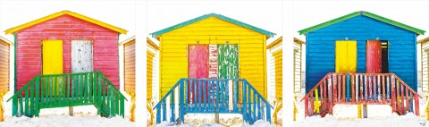 Photo Cabanes de plage multicolores par Philip Plisson