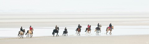 Photo Walking on the Touquet beach, Pas-de-Calais par Philip Plisson
