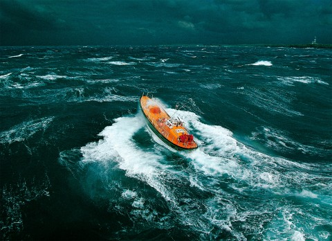 Photo Lifeboat in front of Ouessant par Philip Plisson