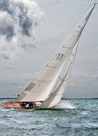 Photo Classic sail, 8 meters JI par Philip Plisson
