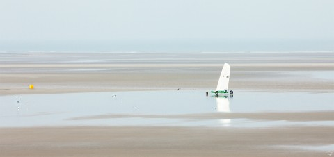 Photo Sand yachting at Le Touquet, Pas de Calais par Philip Plisson