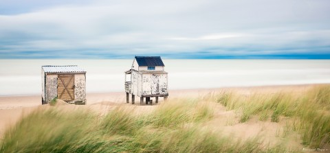 Photo Cabins on the beach, Opal Coast par Emmanuel Deparis