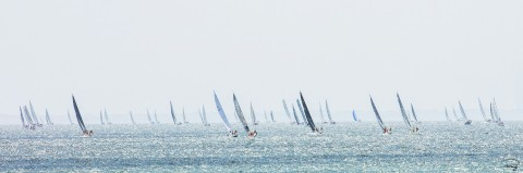Photo Sailboats in regatta, upwind edge par Philip Plisson