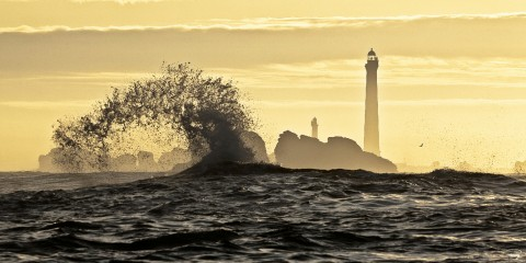 Photo Ile Vierge lighthouse in Finistère, Brittany par Philip Plisson