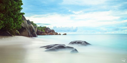 Photo Beach in Seychelles par Philip Plisson