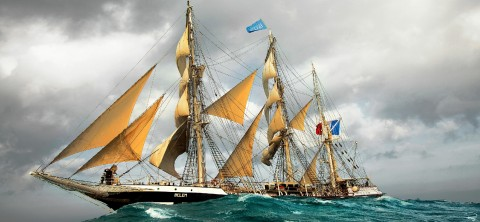Photo The Belem, three-masted boat, all sails outside par Philip Plisson