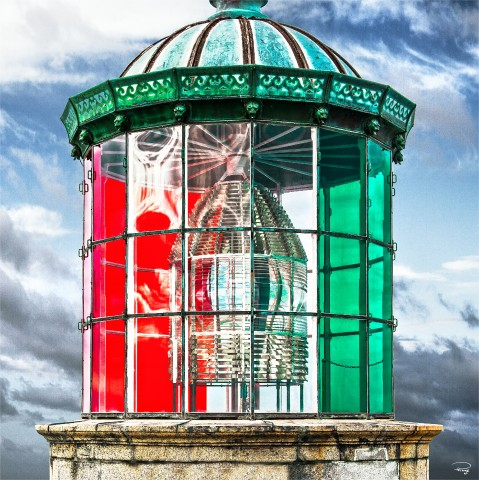 Photo The lantern of the Cordouan lighthouse, Gironde estuary par Philip Plisson