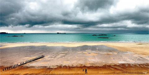 Photo Winter on the Sillon beach in Saint-Malo, Brittany par Philip Plisson