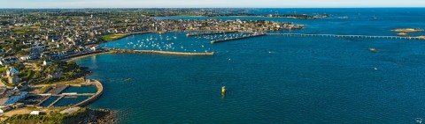 Photo Roscoff seen from the sky, Finistère, Brittany par Philip Plisson