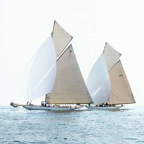 Photo Mariska and Tuiga, classic yachts par Philip Plisson