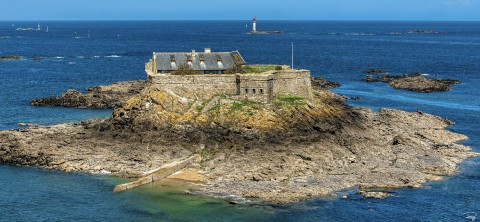 Photo Harbour Island in front of Dinard, Brittany par Philip Plisson