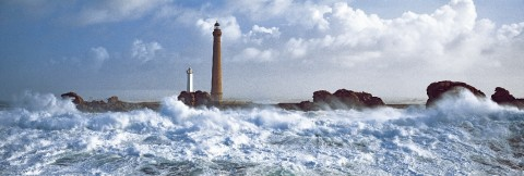 Photo Ile Vierge lighthouse, Finistère, Brittany par Philip Plisson