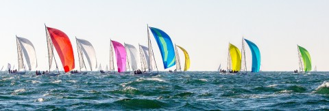 Photo Downhill under spinnaker, sailboats in regatta par Philip Plisson