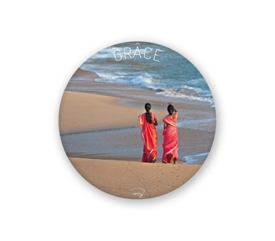 Photo Round Magnet, Grâce par Philip Plisson