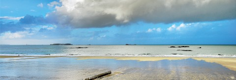 Photo Ciel de traine sur la plage de Saint-Malo, Bretagne par Philip Plisson