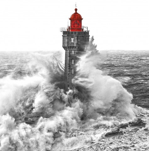 Photo Le phare de la Jument par Philip Plisson
